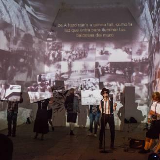 Auxilio 68 Julie Pichavant teatro performance